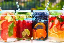 Fruit Infused Water / I love fruit infused water - on this wall, I share my favorite recipes with you!