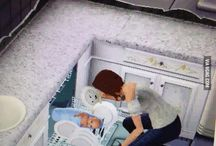 Sim glitches! / LOL! Some of these are so hilarious and others are scary! LOL!