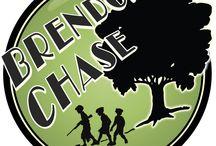 Brendon Chase Survival Spel / Het Brendon Chase Survival Spel is gebaseerd op het jeugdboek en de jeugdtelevisieserie Brendon Chase en speciaal ontwikkeld om op je verjaardag je eigen Survival spel thuis of in de omgeving te kunnen spelen. Spannend, actief, leerzaam en helemaal gericht op survival in eigen natuur aan de hand van een verhaal. Ook erg geschikt voor een scouting- of schoolkamp. (Let op: ik ben niet verbonden aan het originele tv-programma of de uitgevers van het boek.)