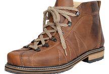 Trachtenschuhe Herren Kollektion Frühjahr/Sommer 2017 / Hier finden Sie trachtige Schuhe, die Mann zur Lederhose, oder auch im Alltag tragen kann. Durch die große Vielfalt lässt sich hier für jedermann etwas passendes finden!