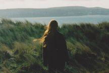 希望(静・明・楽)と悲しみ両方暗示 同時プラマイか,どっちに転ぶか分からない Both implied
