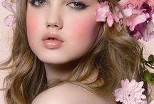 Magical makeup looks / by Nicola Haughian