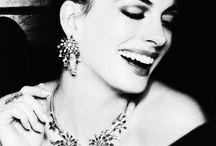Gorgeous Anne Hathaway