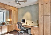 Home Offices / Home Office Designs created with Wellborn Cabinetry. Designs from our dealers, designers, our design contests, designs from trade shows, designs that shown on Houzz and other online sources. Beautiful work!