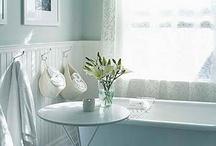 Bathroom / by Laura Corder