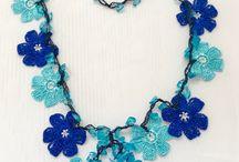 Short crochet necklace
