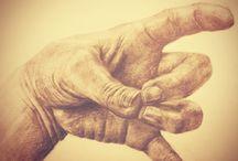 Hand & draw
