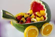 gyümölcsszobrászat