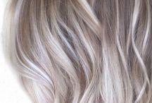 Białe włosy