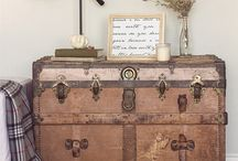 DIY old travel trunk