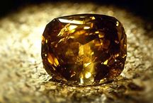 """Top 5 Biggest Diamonds In The World / As most newly engaged men can attest, buying a diamond is not easy.  You would think that bigger is better, but there are four main criteria to consider when buying: CUT, CLARITY, COLOR, and CARAT-weight.  In a """"bigger is better"""" world, men are drawn to diamonds with the largest carat-weight.  But, it truly is a combination of the four, that make a diamond """"better""""...  Read More at: http://designlifenetwork.com/top-five-biggest-diamonds-in-the-world"""