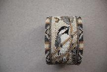 бисер, браслеты, подвески
