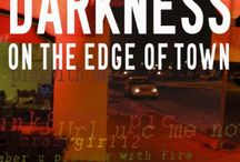 Darkness on the Edge of Town / Laura Cardinal Series Book 1