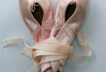 Ballet pointes / by Chantal Sabatier