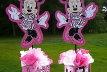 MInnie Mouse Themes
