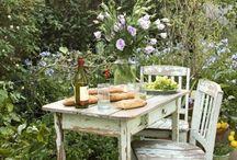 Lunch in the garden / by Tara Giannini