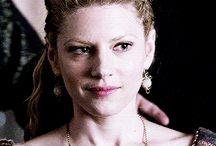 Lagertha Lothbrok-Vikings / play by: Katheryn Winnick