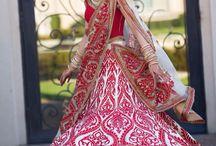 #I'm  #my  #camera  #beautiful  #bride #round  #dancing  #awesome   #Garden  #canon  #click / Wedding art