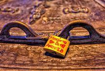 SPAIN, Madrid / Locks of Love in Madrid - Plaza Mayor