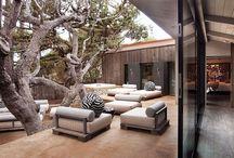 Beach house courtyard
