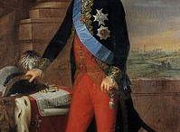 Casa Hesse/Battenberg-Mountbatten / Los Battenberg eran condes alemanes que vivían cerca de Battenberg (Hesse-Nassau), familia que se extinguió en 1314. El título fue rehabilitado por el gran duque Luis III de Hesse en 1851, para ser otorgado a Julia von Hauke, esposa morganática de su hermano Alejandro, (apellido de la parte desigual y la dignidad que el jefe de la casa decidiera). En 1858 los Battenberg fueron elevados al rango de príncipes.  En plena I Guerra Mundial, la rama inglesa cambió por Mountbatten.