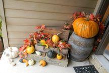 Seasonal Decorating / by Amy Lamb