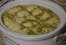 Crock Pot Recipes / by Aurora Perez