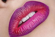 Lippen schminken | Beauty / Lippenstifte, Lippen Makeup Look, Lippen schminken, Make-up-Tipps für jede Mundform, Lippen schminken, Lipglosse, Lippenprodukte, Lippen schminken Anleitung, Lippen schmaler schminken, Lippen schminken Tipps, Lippen größer schminken, Lippen Glitzer, rote Lippen, Lippen naütrlich schminken, Lip-Art