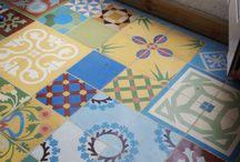 Decorating - Floors & Rugs / by Kimberly Sutor