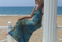 М_007Платье длинное, цвет сине-зелено-горчичный