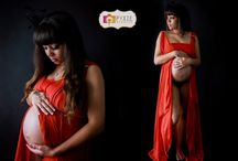 Pyxie Studio Maternity Gowns / These are the gowns that I have available for you to use on your maternity session. .