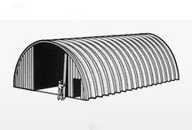 Hale autoportante / Uniagroserv are ca principal obiect de activitate construcţia de hale metalice şi acoperişuri autoportante , aceste construcţii pretânduse unei game foarte variate de domeni cum ar fi : grajduri , depozite , hale industriale , centre comerciale , parcări , săli de expoziţie , săli de sport , locuinţe , piscine , clădiri cu destinaţie militară, hangare etc.