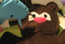 Free Hand Puppet Patterns / A collection of blogs and sites that offer free hand puppet patterns.
