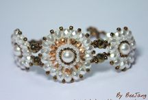 Beads Beads Beads / by Rachel Seiders