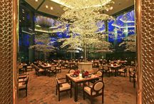 Yurakuen Japanese Restaurant / Experience a dining oasis that is authentically Japanese at Yurakuen, Diamond Hotel's award-winning restaurant.  Yurakuen is the Japanese word for paradise and true to its name, the restaurant is a culinary haven for all things deliciously Japanese.