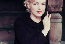 Marilyn Monroe peasant 1954 / Milton Greene 1954