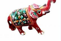 Royal Elephant / Give an aristocratic touch to your home decor with colored 'Royal elephant' statue.
