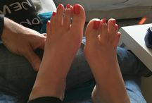 2 / Board dedicated to my wife's foot and my foot fetish