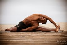 Men's Yoga / Men's Yoga