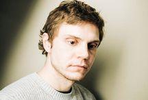 Evan Peters ❤️