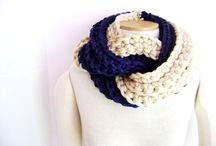 Knitted scarves/cowls/shawls
