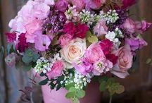Farebné dekorácie z kvetov