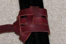 scabbard - knotted suspension (csomózott függesztés - kardhüvelyre)