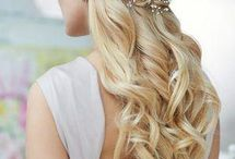 Winter Wedding Hair Inspiration / If you're planning a winter wedding get inspiration for gorgeous hair, whatever your style or theme.