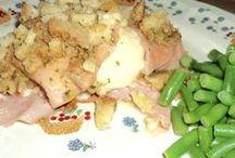 Crock Pot Recipes / by Bonnie Stauber Deaton
