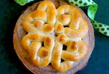 Luck 'O the Irish / All kinds of fun St. Patrick's Day recipe ideas! / by Rhodes Bread & Rolls
