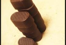 Chocolates / sumptuous variety of chocolates taught - pralines, soft centers, gianduja etc
