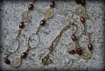 Kara Necklace ideas / by Jessica Lee