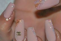 My nails / Chestii de purtat