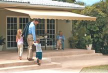Motorized Retractable Awnings / When you are bringing shade outdoors, it is always important to understand the mood you want to evoke. Retractable awnings offer countless design models that will fit your outdoor space and enhance your home's curb appeal.